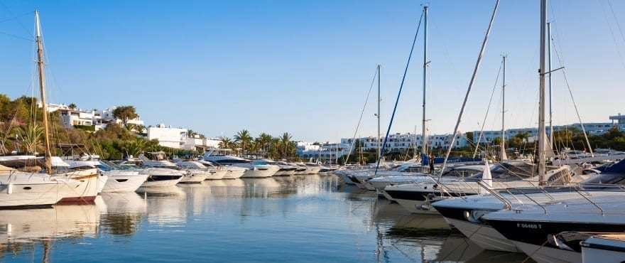 how to get to cala d'or